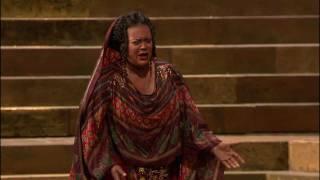 [HD] Ritorna Vincitor - Violeta Urmana (from Verdi