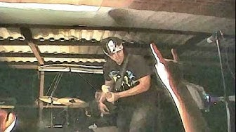 Your Machine Live Guitar Hero Scene W/ Markku/HOOBASTANK!!!!