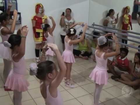 Projeto possibilita crianças carentes receberem presentes do dia das crianças em Confresa