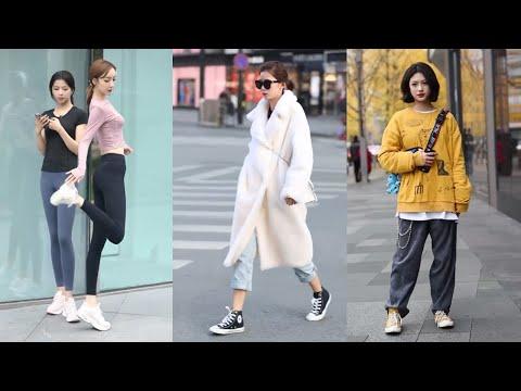 Tik Tok China #33 Pretty Girls Mejores Fashion Walking Style Street Dress Outfit.  抖音時尚網紅街拍合輯。