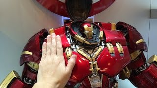 King Arts - Hulkbuster 1/4 scale statue/ phone charger