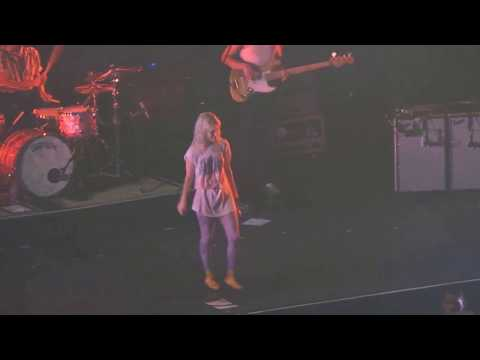 MISERY BUSINESS (Paramore Live In Manila 2018)