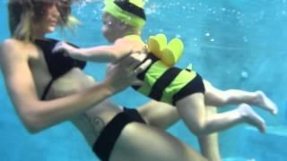 Alice underwater. Подводное плавание с детьми.