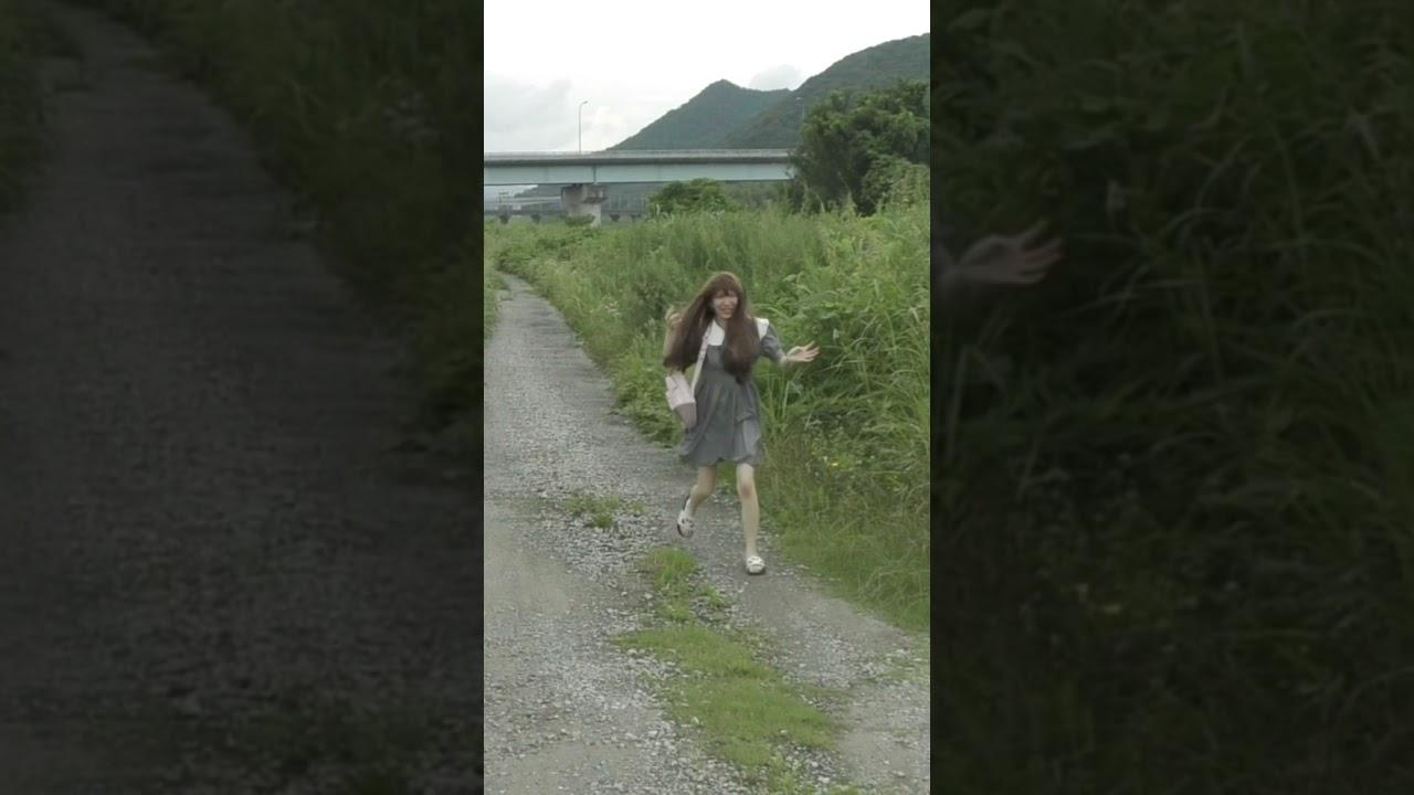 バッタがキモくて逃走する、まあぴぴ #shorts