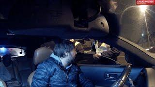 Полиция и водитель без документов и подсветки номера