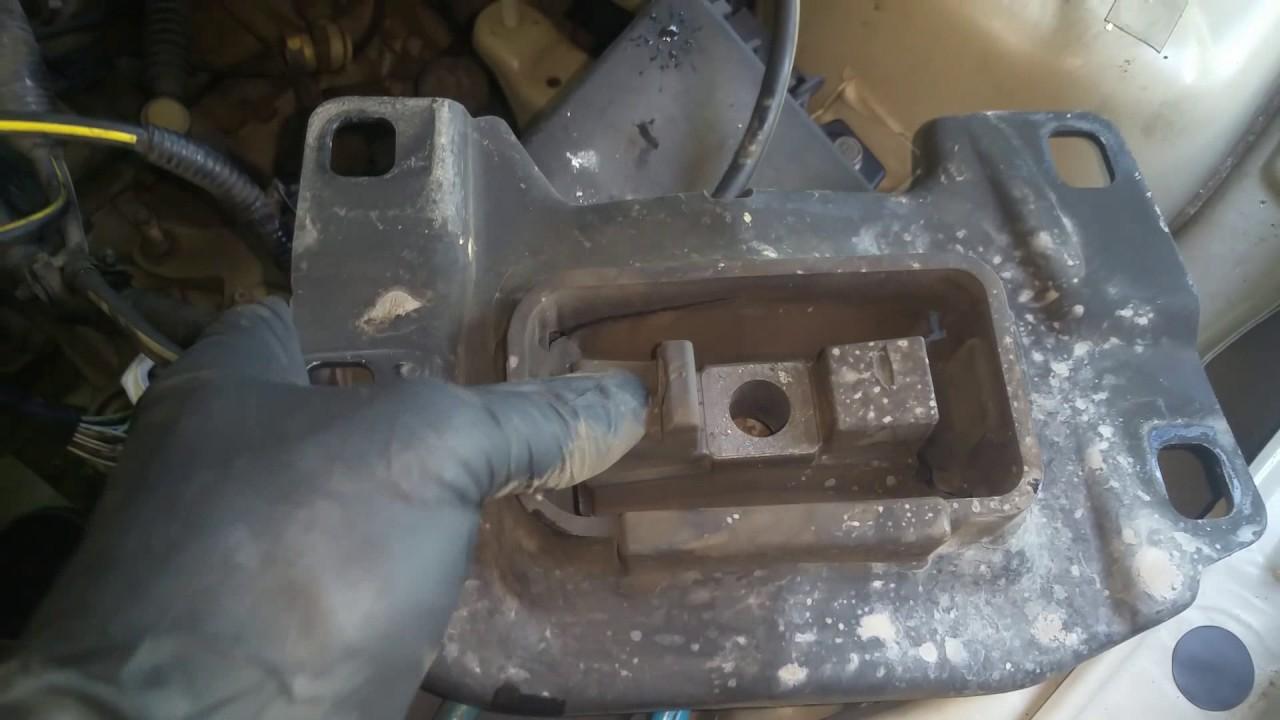 replace transmission mount 2004 2009 mazda 3 [ 1280 x 720 Pixel ]
