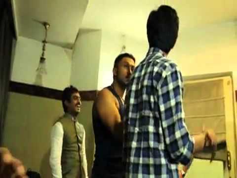 Anirudh Ravichander recording YOYO Honey Singh for Ethir Neechal