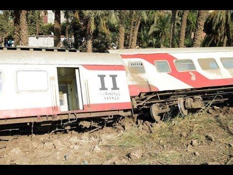 اللحظات الأولي عقب خروج قطار القاهرة  أسوان عن القضبان
