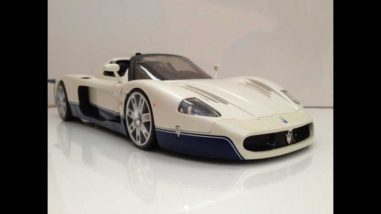 review 1 18 maserati mc12 by hot wheels the model garage youtube. Black Bedroom Furniture Sets. Home Design Ideas