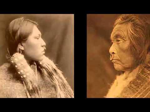 nuučaan̂uułatḥin We Are Nuu-chah-nulth