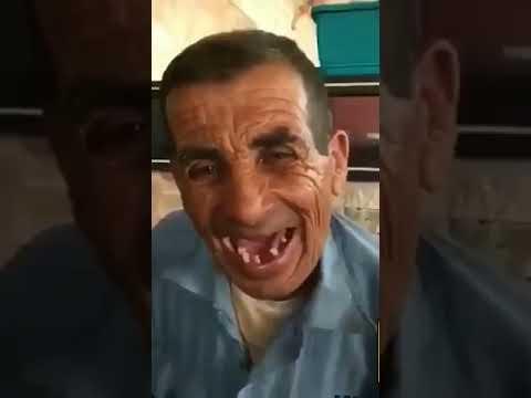 Zähne ohne foto mann Indien