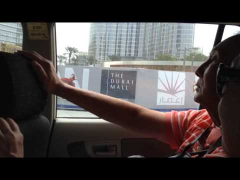 Chinese guy arguing with Indian taxi driver in Dubai