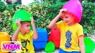 Trứng khổng lồ Thử thách đồ chơi bất ngờ với cầu trượt cho Vlad và Nikita