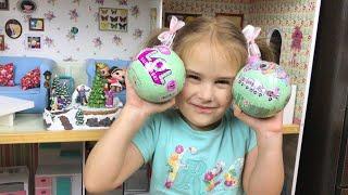 Куклы LOL Surprise Новая кукла ЛОЛ Алина показывает Новогоднюю елку Открываем шарики ЛОЛ