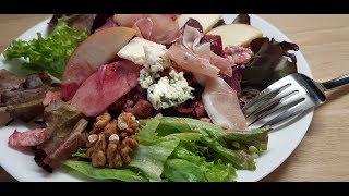 """Салат """"Изысканный"""". С прошутто, голубым сыром, свеклой и грецкими орехами.Без майонеза."""