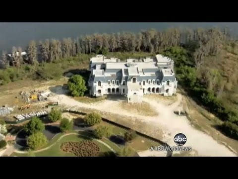 Biggest house in america 39 american versailles 39 mansion for Largest homes in america