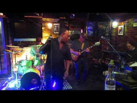 (Snippet) Long Train Running ~ An Evening with Mike Perry/Rick Sibbett/Lonesome Ryder Band