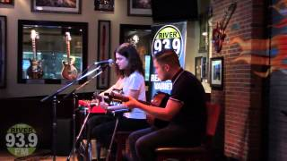 93.9 Free River Session: Borns - Electric Love (acoustic)