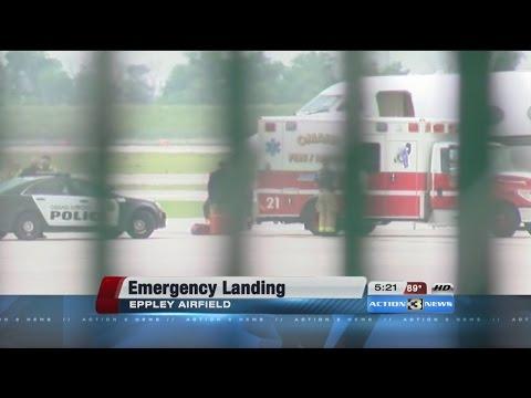 Lil Wayne suffers seizure, jet makes emergency landing in Omaha