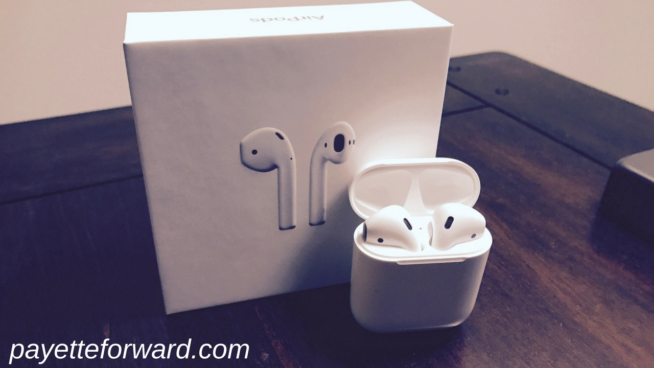 buy popular 3a683 b4971 How To Connect AirPods To Your iPhone!
