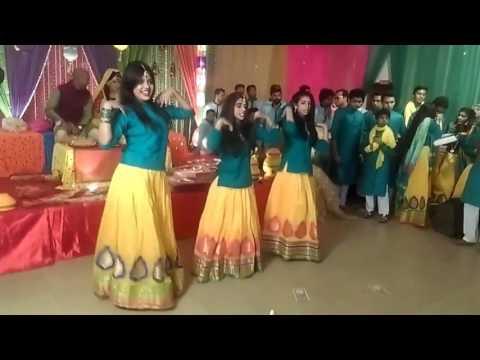 Latest Holud Dance Performance 2016 December (Safina & Irfanul's Haldi Night)