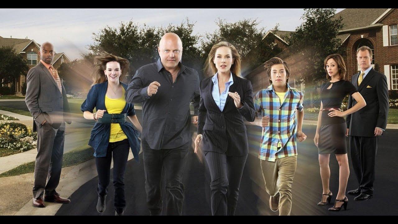 Download No Ordinary Family 2010 Full Movie| Story Explain | Michael Chiklis | Julie Benz | Kay Panabaker