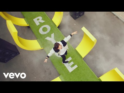 Prince Royce - 90 Minutos (Futbol Mode) (Official Video) ft. ChocQuibTown
