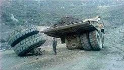 Dangerous Idiots Operator Dump Trucks at Works    Best Truck Disasters Compilation