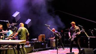 Them Crooked Vultures - No One Loves Me, Neither Do I (Fuji Rock 2010)