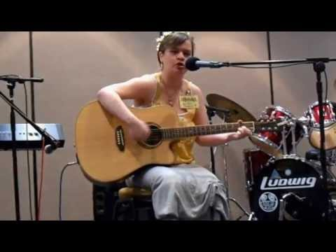 """Summer Russell - """"Marian"""" live at Consonance 2015"""