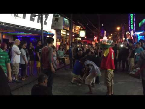 2 Filipina Girls Fight Over American :: Angeles City, Philippines [Travel VLOG #0]