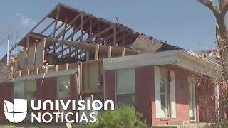 Derrumban una casa de familia hispana por
