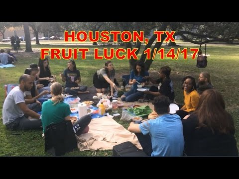 FRUIT LUCK (1/14/17) Raw Vegan Fruitarian Party @ Menil Park, Houston, TX (extended footage)
