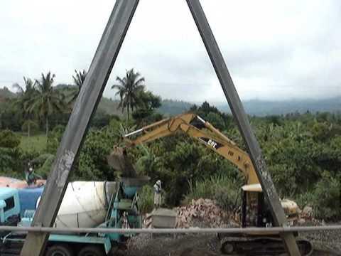 Caterpillar Excavator in Diadi, Luzon, Philippines