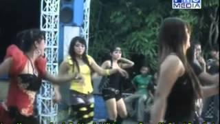 Download Lagu Nonton Tarling [Nada Ayu 21-11-2012] mp3