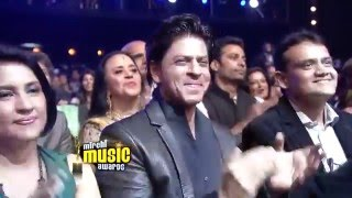 a romantic medley tribute to shahrukh khan at the 6th royal stag mirchi music awards mp4