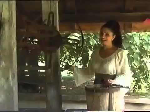 Mariana Ionescu Capitanescu - Tot ma-ntreaba inima Video Original