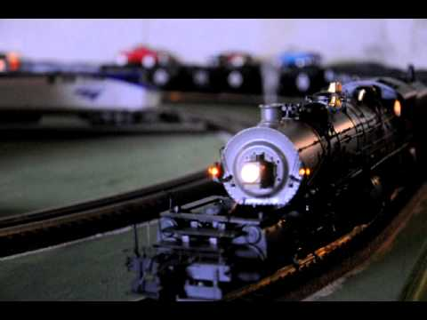 Mth Lionel O scale train layout crash