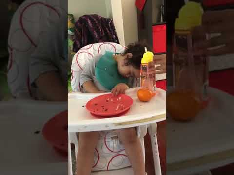 #30 fall asleep on the high chair #funnybaby