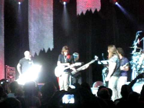 Progressive Nation 2009 - Steve Vai and Dweezil Zappa join Dream Theater in LA