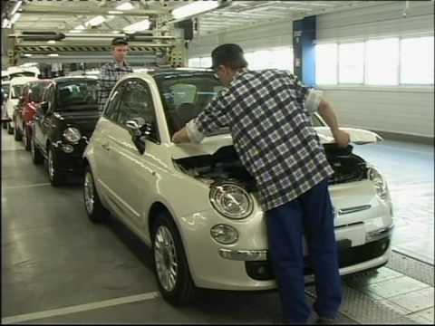 Shots Of Fiat 500 Being Made In The Factory Youtube