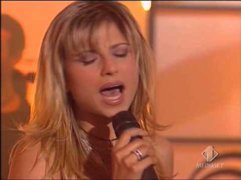 Haiducii   Dragostea Din Tei   LIVE TOTP 2004