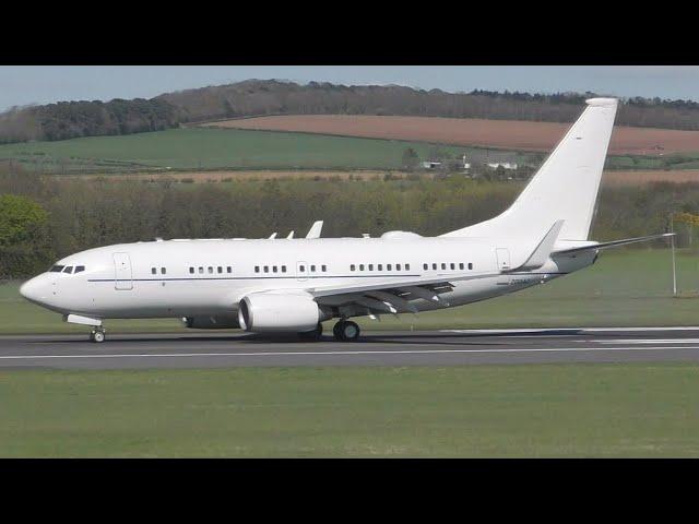 USAF Boeing C40B Landing at Prestwick Airport
