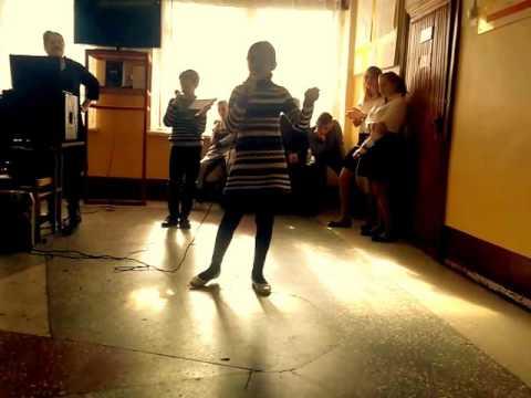 найти видео пения и танец репа шалаву