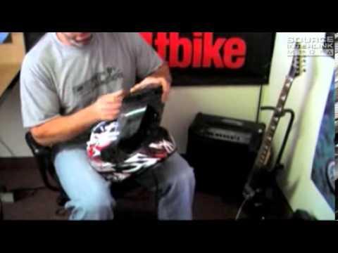 HJC is-16 Scratch Motorcycle Helmet