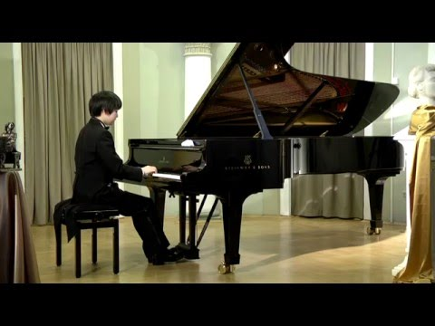 Mao Fujita (16) plays Chopin's Ballade no.2, op.38