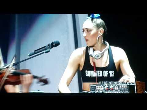 The Dolls Live in Bangkok 2015 - DJ Mia Moretti & Caitlin Moe Electric Violinist