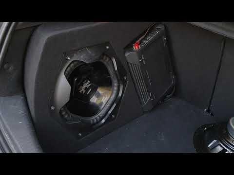 Сабвуфер стелс в Renault Megane 3