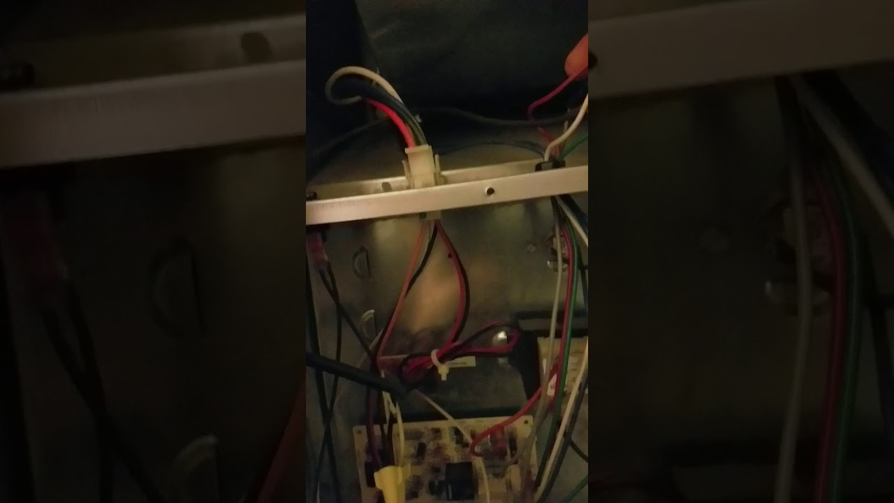 how to locate the c wire on a nordyne m1mb furnace [ 1280 x 720 Pixel ]