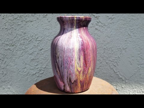 Sealing a Vase with Resin